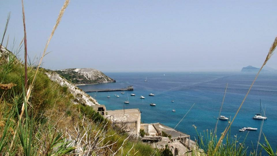 Top Best Places To Visit In Sicily - Island of Lipari | The Wandering Wanderlusters