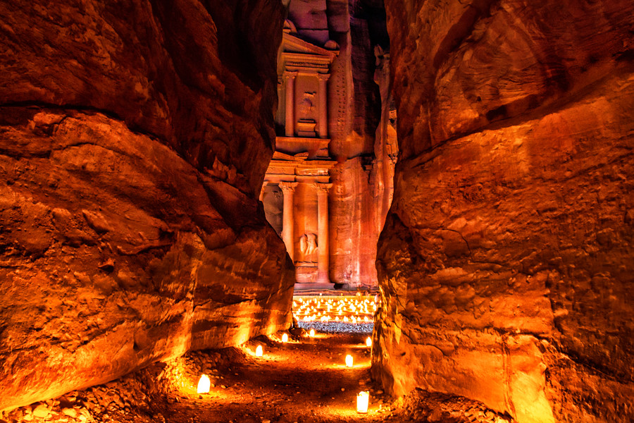 Petra-Jordan-Night-View